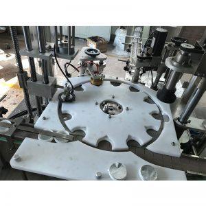 Automatikus melegkitöltő tömítő és sapkás gép
